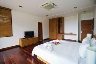 http://photos.hotelbeds.com/giata/25/256325/256325a_hb_ro_030.jpg