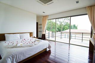 http://photos.hotelbeds.com/giata/25/256325/256325a_hb_ro_036.jpg