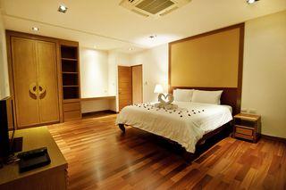 http://photos.hotelbeds.com/giata/25/256325/256325a_hb_ro_056.jpg