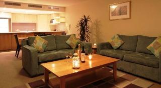 Hotels in Byron Bay & North Coast - NSW: Riverside Holiday Apartments Ballina