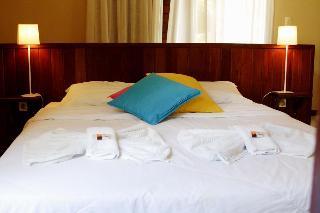 http://photos.hotelbeds.com/giata/32/328519/328519a_hb_ro_006.jpg