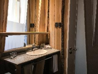 http://photos.hotelbeds.com/giata/32/328910/328910a_hb_ro_016.jpg