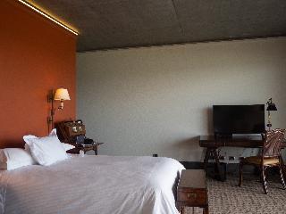 http://photos.hotelbeds.com/giata/33/330370/330370a_hb_ro_022.jpg