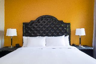 http://photos.hotelbeds.com/giata/33/336691/336691a_hb_ro_023.jpg