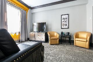 http://photos.hotelbeds.com/giata/33/336691/336691a_hb_ro_030.jpg