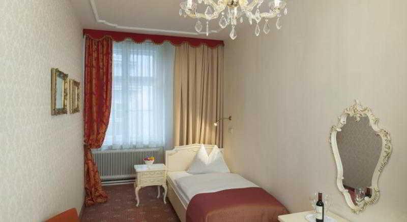 Pertschy Palais Hotel - Zimmer