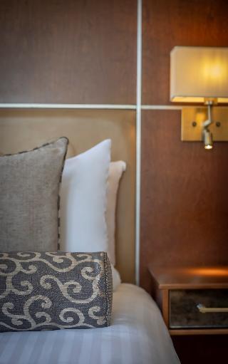 http://photos.hotelbeds.com/giata/35/353507/353507a_hb_ro_017.jpg