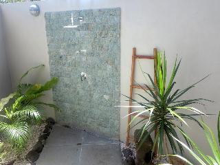 http://photos.hotelbeds.com/giata/35/358087/358087a_hb_ro_011.jpg