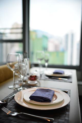 http://photos.hotelbeds.com/giata/37/373487/373487a_hb_ro_013.JPG