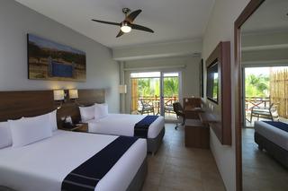 http://photos.hotelbeds.com/giata/37/376799/376799a_hb_ro_010.jpg