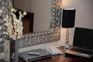 http://photos.hotelbeds.com/giata/38/380397/380397a_hb_ro_023.jpg