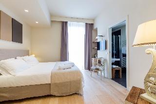 Hotel 900, Giulianova