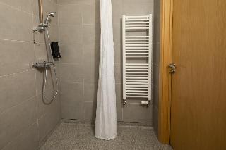 http://photos.hotelbeds.com/giata/40/405800/405800a_hb_ro_018.jpg