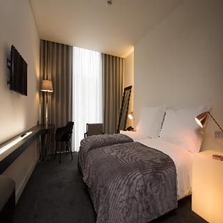 http://photos.hotelbeds.com/giata/41/410764/410764a_hb_ro_001.jpg