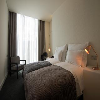 http://photos.hotelbeds.com/giata/41/410764/410764a_hb_ro_002.jpg