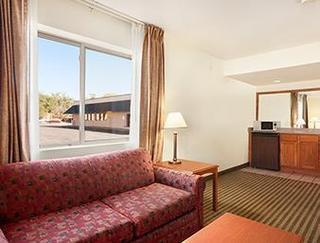 Comfort Inn & Suites, Downtown
