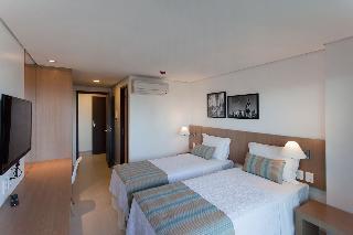 http://photos.hotelbeds.com/giata/42/427518/427518a_hb_ro_136.jpg