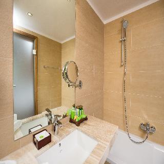 http://photos.hotelbeds.com/giata/42/428922/428922a_hb_ro_011.jpg
