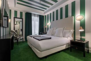 http://photos.hotelbeds.com/giata/43/436241/436241a_hb_ro_016.jpg