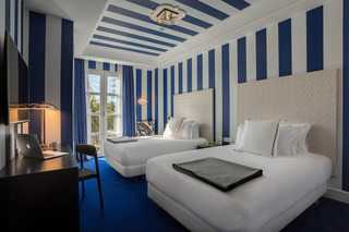 http://photos.hotelbeds.com/giata/43/436241/436241a_hb_ro_019.jpg