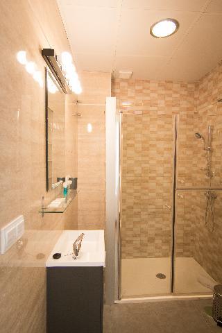 http://photos.hotelbeds.com/giata/43/437080/437080a_hb_ro_061.jpg