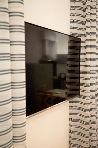 http://photos.hotelbeds.com/giata/43/437080/437080a_hb_ro_080.jpg