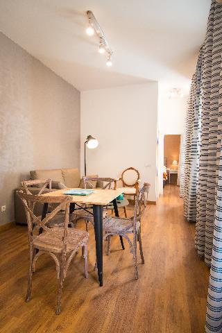 http://photos.hotelbeds.com/giata/43/437080/437080a_hb_ro_083.jpg