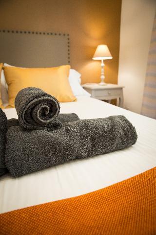 http://photos.hotelbeds.com/giata/43/437080/437080a_hb_ro_086.jpg