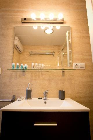 http://photos.hotelbeds.com/giata/43/437080/437080a_hb_ro_093.jpg