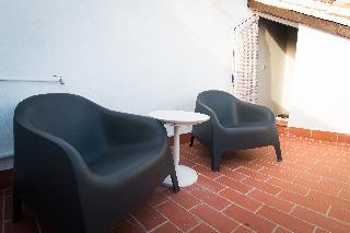 http://photos.hotelbeds.com/giata/43/437080/437080a_hb_ro_095.jpg