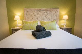 http://photos.hotelbeds.com/giata/43/437080/437080a_hb_ro_113.jpg