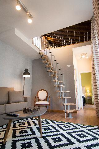 http://photos.hotelbeds.com/giata/43/437080/437080a_hb_ro_115.jpg