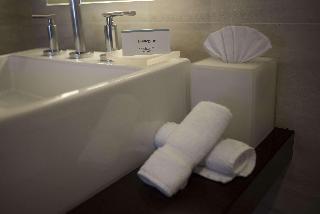 http://photos.hotelbeds.com/giata/47/470804/470804a_hb_ro_001.jpg
