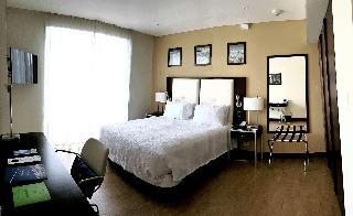 http://photos.hotelbeds.com/giata/47/470804/470804a_hb_ro_003.jpg