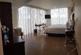 http://photos.hotelbeds.com/giata/47/470804/470804a_hb_ro_007.jpg