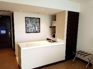 http://photos.hotelbeds.com/giata/47/470804/470804a_hb_ro_022.jpg