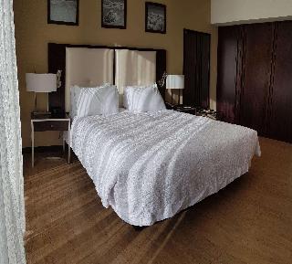 http://photos.hotelbeds.com/giata/47/470804/470804a_hb_ro_026.jpg