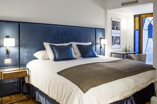 http://photos.hotelbeds.com/giata/47/472382/472382a_hb_ro_005.jpg