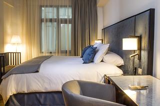 http://photos.hotelbeds.com/giata/47/472382/472382a_hb_ro_007.jpg