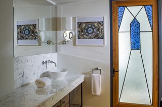 http://photos.hotelbeds.com/giata/47/472382/472382a_hb_ro_009.jpg