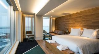 http://photos.hotelbeds.com/giata/47/477441/477441a_hb_ro_009.jpg