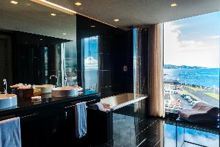 http://photos.hotelbeds.com/giata/47/477441/477441a_hb_ro_027.jpg