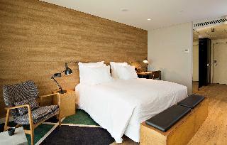 http://photos.hotelbeds.com/giata/47/477441/477441a_hb_ro_041.jpg