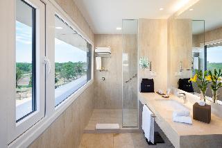 http://photos.hotelbeds.com/giata/55/552881/552881a_hb_ro_015.jpg