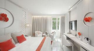 http://photos.hotelbeds.com/giata/55/553701/553701a_hb_ro_068.jpg