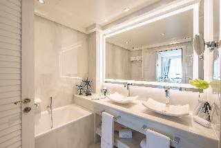http://photos.hotelbeds.com/giata/55/553701/553701a_hb_ro_168.jpg