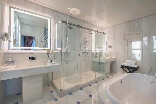 http://photos.hotelbeds.com/giata/55/553701/553701a_hb_ro_199.jpg