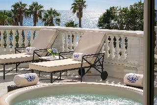 http://photos.hotelbeds.com/giata/55/553701/553701a_hb_ro_200.jpg