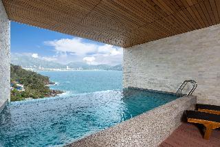 http://photos.hotelbeds.com/giata/55/555322/555322a_hb_ro_125.jpg