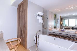 http://photos.hotelbeds.com/giata/55/555322/555322a_hb_ro_126.jpg
